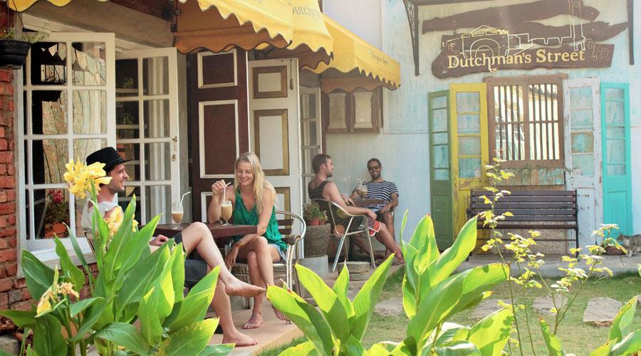 Infinity Surfcamps Sri Lanka - Cafés